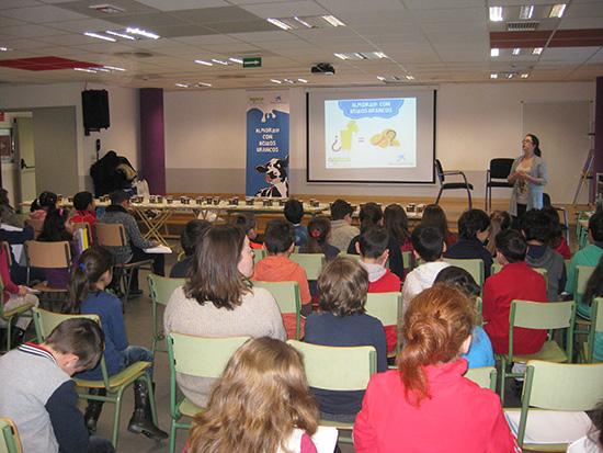 """O programa """"Almorz@ con Beizos Brancos"""" conclúe en Lalín tras repartir 500 almorzos en Galicia"""