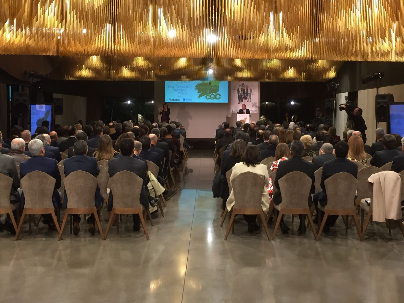 20161121_premio_liderazgo_empresarial_montes-2