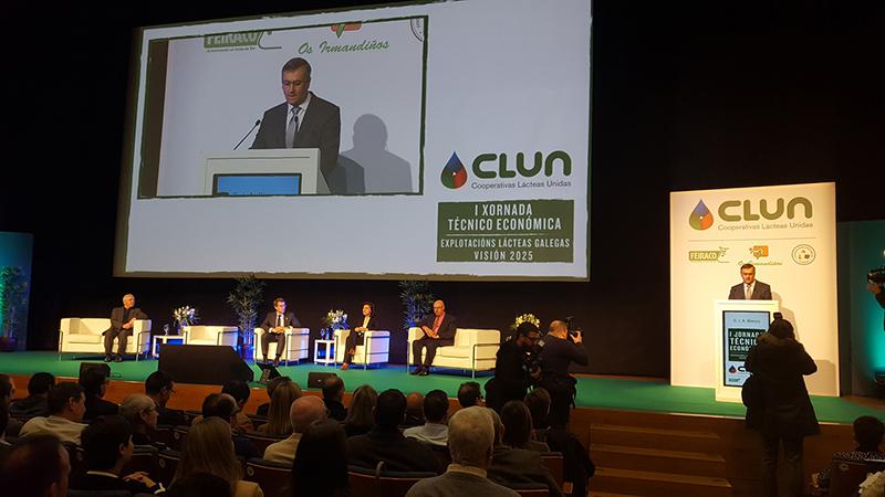 Transparencia en la cadena de valor, refuerzo de la industria y producciones sostenibles, tareas de clun para competir en el mercado lácteo mundial