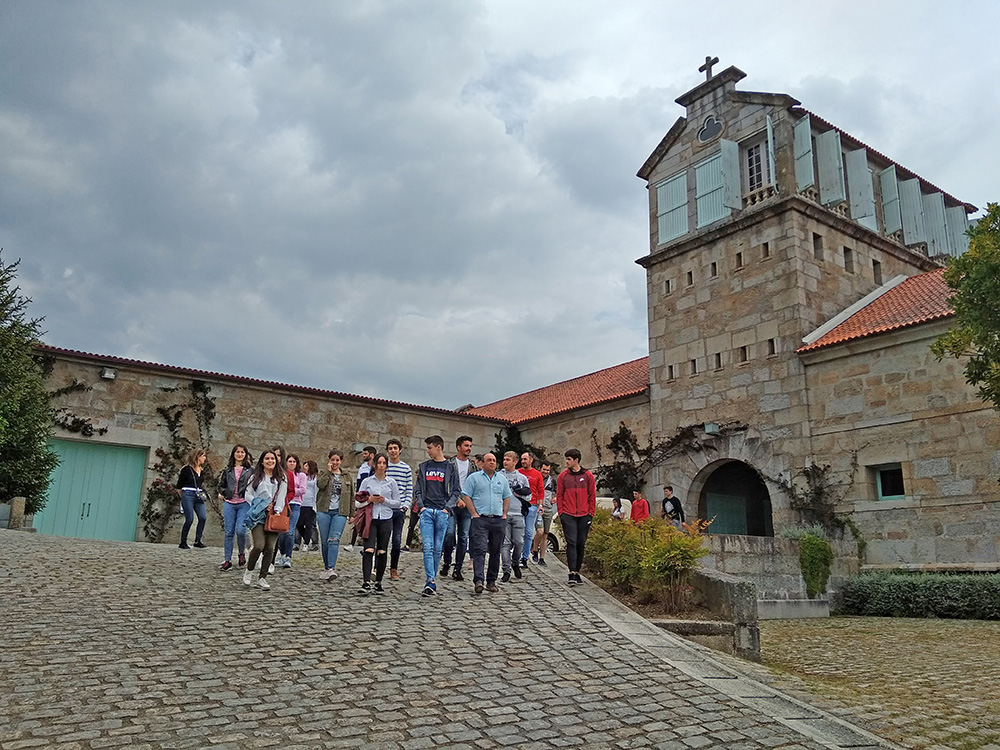 Jornada sobre cooperativismo para alumnado del Francisco Asorey en Condes de Albarei