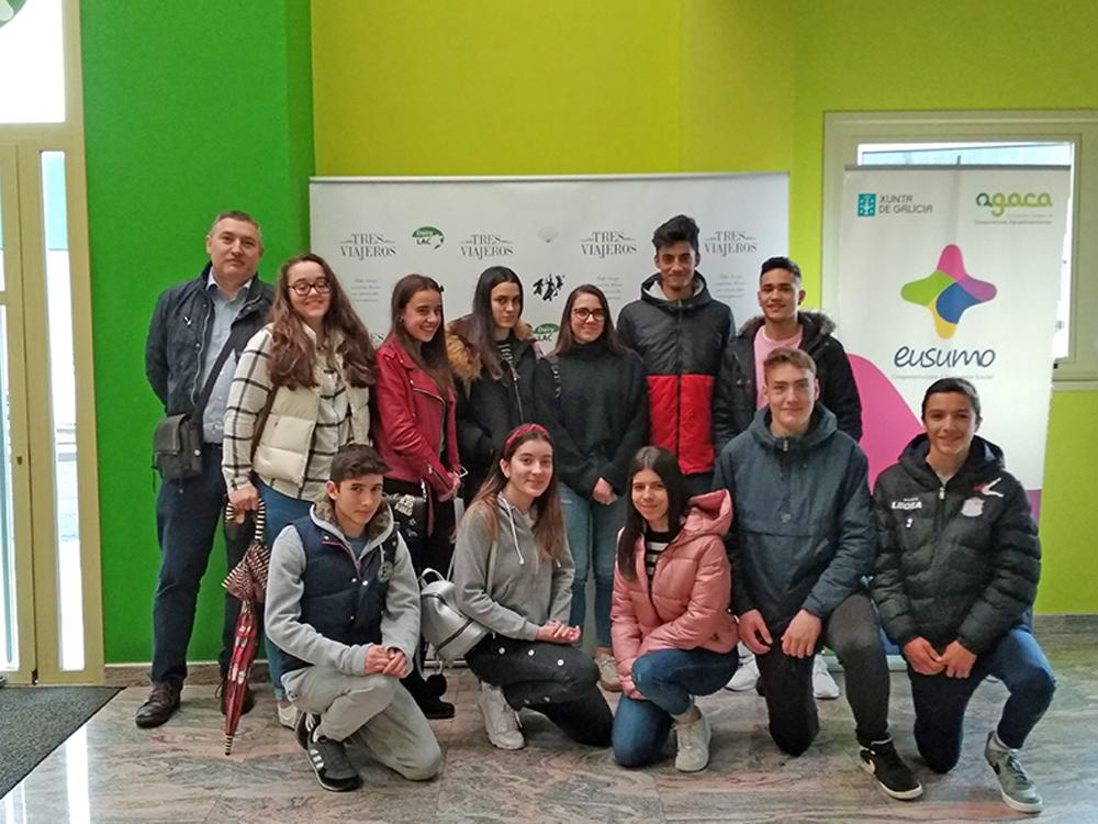 Estudiantes del colegio lucense San José aprenden economía social en Melide