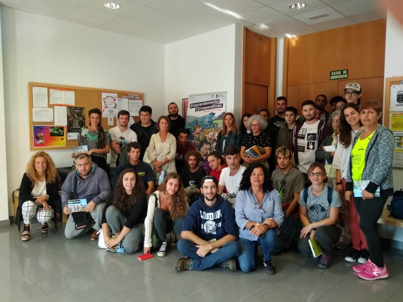 Escolares de Bergondo descubren las cooperativas en Trasancos