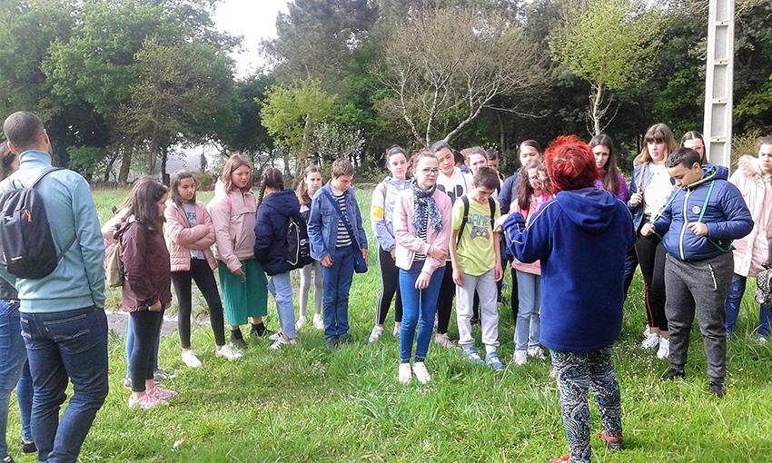 Milhulloa divulga el cooperativismo entre estudantes