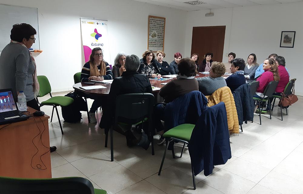 Comienza un obradoiro sobre empoderamiento de mujeres cooperativistas en Narón